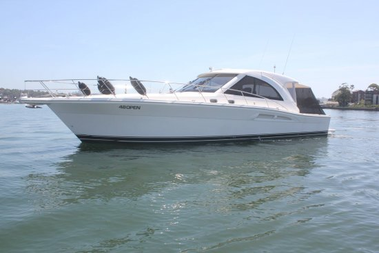 2008 RIVIERA 4800 Offshore Express